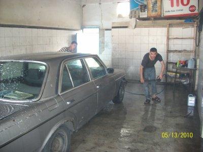 au garage avec des amis la datte c'est le 07 10 2010