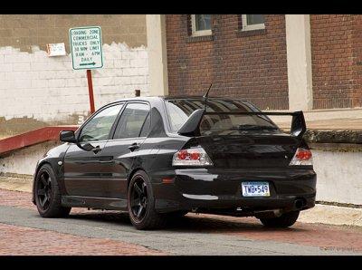 Ford mustang 2011 et Mitsubishi Lancer evo V