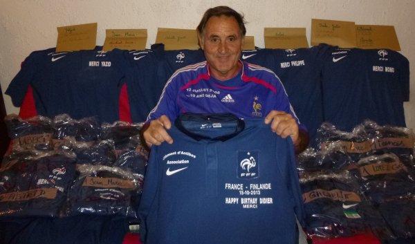 ... 33 maillots a distribuér a mes adhérents