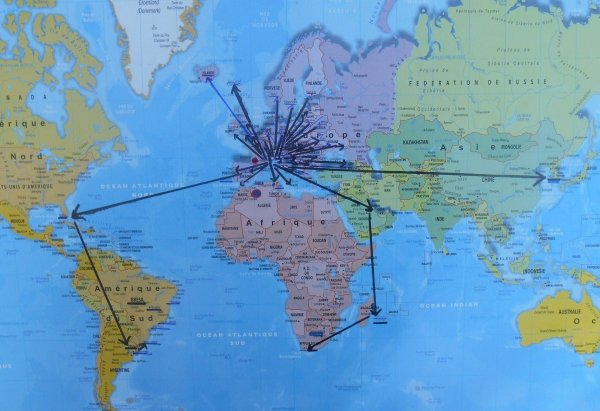 """ARMENIE  / France ...212 éme match pour ce déplacement a EREVAN et  :::: 37 éme PAYS """" visité ''   pour cette rencontre du 14 octobre ...DEPART  de ROISSY a 14h dimanche 12 octobre , avec mes amis """" Doumé '' et Daniel , ....escale à KIEV ..et arrivée a YEREVAN  à 23h35 (( 6h10mn.de vol ))) puis HEBERGEMENT , a l'auberge de jeunesse :: HOSTEL RAFAEL ((((((( score prévu :: 2à1 pour les BLEUS  ))))) ....... RETOUR  LE  16 octobre a 6h10 du matin d'EREVAN ...re ..escale à KIEV ....et ARRIVEE à ROISSY a 12h20 ........puis TGV  a 16h49 de la GARE de Lyon et arrivée à ANTIBES à : 21h54"""