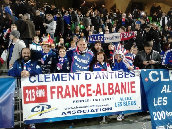 RENNES  , pour FR/ ALBANIE  , mon 213 éme match ... avec les 2 buteurs ( 1à1 ) : Antoine GRIEZMANN et ..... MAVRAJ ...... et tous mes amis supporters normands /bretons ...