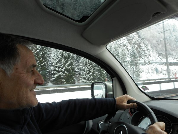 .. ( SUITE et FIN  )) déplacement à ZURICH , en voiture
