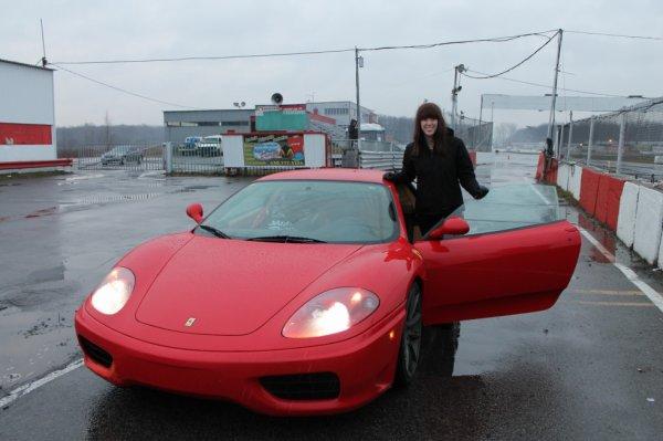 Conduire une Ferrari est priceless