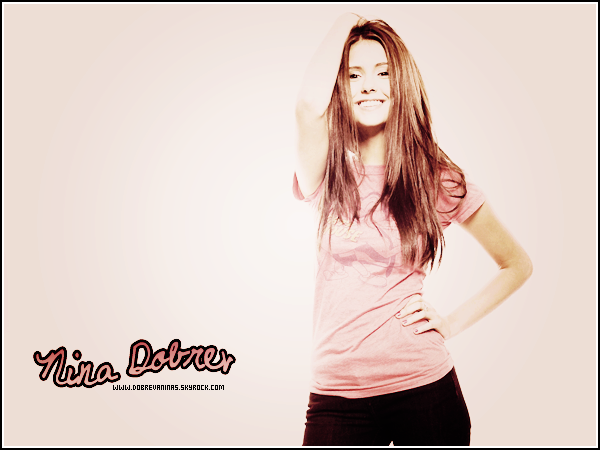 - WWW.DOBREVANINAS.SKYROCK.COM ♦ Ta source sur la Belle Nina Dobreva.  -