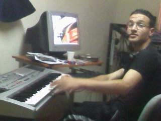 walid leo in my studio  -lah yarahmek sahbi-