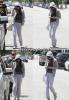 10 Juin 2011 :Quelques heures avant d'apparaître devant une foule de personnes à Santa Monica, Selena a quitté l'hôpital de Los Angeles, essayant de se cacher des paparazzis de son mieux.