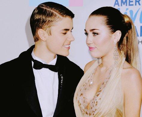 -Tu n'est qu'une fille comme les autres. #Justin.