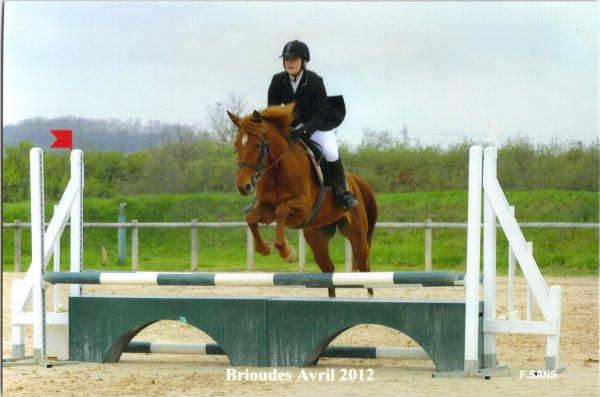 Être à cheval, c'est être entre ciel et terre, à une hauteur qui n'existe pas