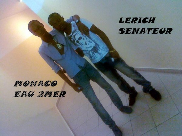 Arno Leriich Sénateur / moussé dans la Renaissance Act2 Par Shaggy Sharoof Mixage (2011)