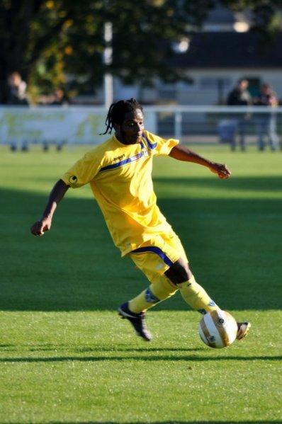 Leopold Toty ancien joueur de Bastia en ligue 2 et a Nevers foot