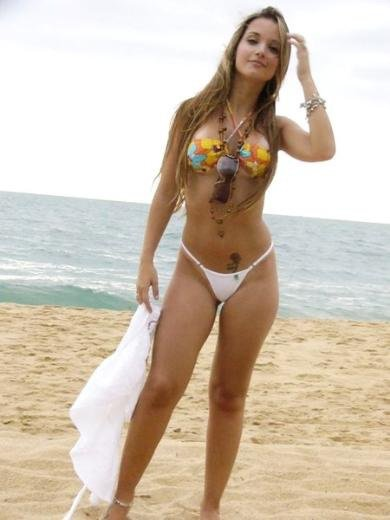 Bikinis. <3
