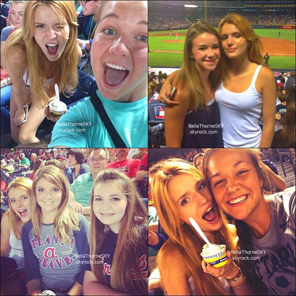 15/06:2014 : Bella s'est rendue à un match de baseball avec le casting de The Duff à Atlanta.  Ces photos ont été postées sur Instagram de Bella et de ses co-stars.