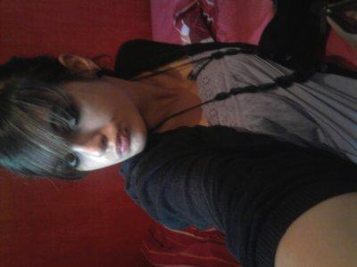 Eliizaa On Sky  x]  ♥                                                                                                                                                                                                                     Bonne Vizziit  ;  =P