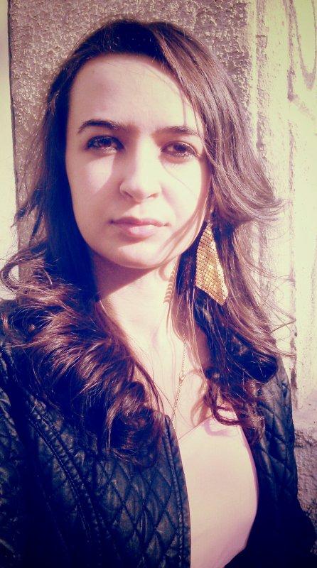 Emilie ;* Avril Nouvell coupe & coiffur :-)
