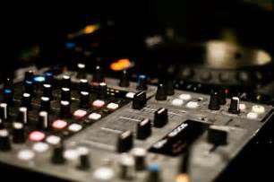 SB-DJ In the Mix : Découvrez ce Mix, le DJ-Mix #208