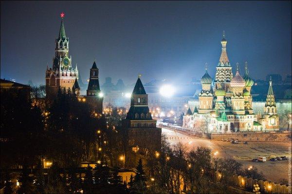 Картинки по запросу красная площадь ночью