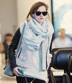 .Emma Watson à l'aéroport.