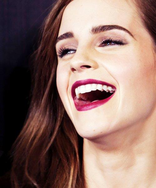 """"""" Et si c'était ça le bonheur, pas même un rêve, pas même une promesse, juste l'instant. """""""