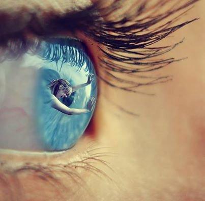 """""""Le monde est aveugle; rare sont ceux qui voient."""" Bouddha"""