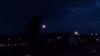 Parfois je pense que la nuit est plus vivante et plus colorée que le jour.