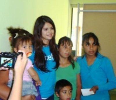SELENA GOMEZ : AMBASSADRICE DE L'UNICEF AU CHILI !