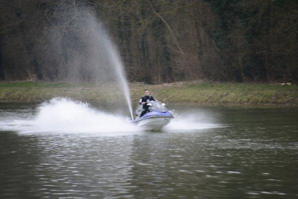 notre nouveau bateau amorsseur xd