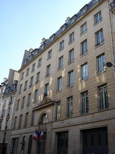 CASERNES DE POMPIERS DE PARIS : LA 4e  COMPAGNIE