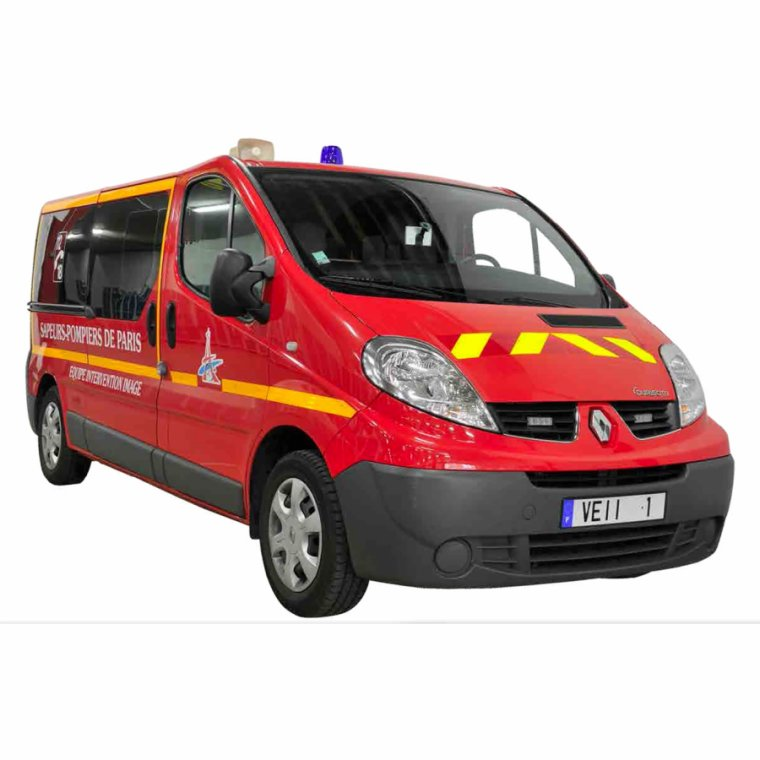 VEHICULE EQUIPE INTERVENTION IMAGE DES POMPIERS DE PARIS