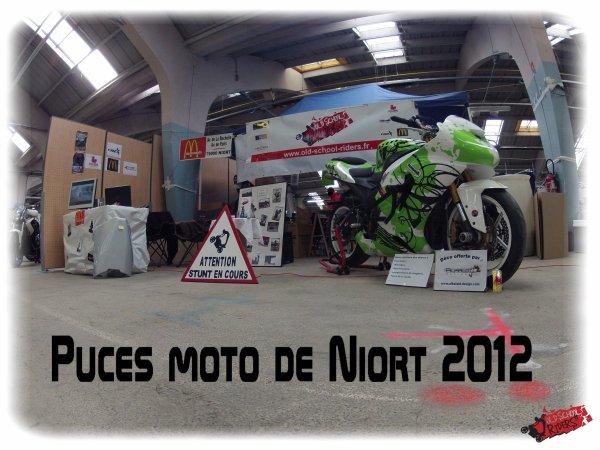 Mon stand aux puces moto de NIORT (79)