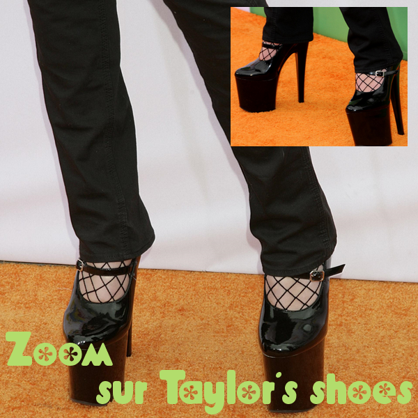 "Quelle surprise ! Taylor sur le ""Red"" Carpet des Kids Choice Awards !"