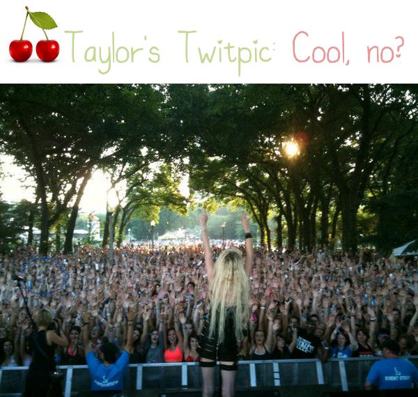 Taylor c'est bien éclatée avec les Chicagoans, non? (habitants de Chicago; je viens de le chercher sur Internet)