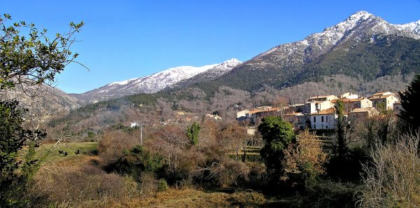 JE REPREND MON BLOG  PAS PLUS MOTIVE  PHOTOS DU COL DE VIZZAVONA (1163 m) ET DU VILLAGE DE BOCOGNAGNO EN CENTRE CORSE