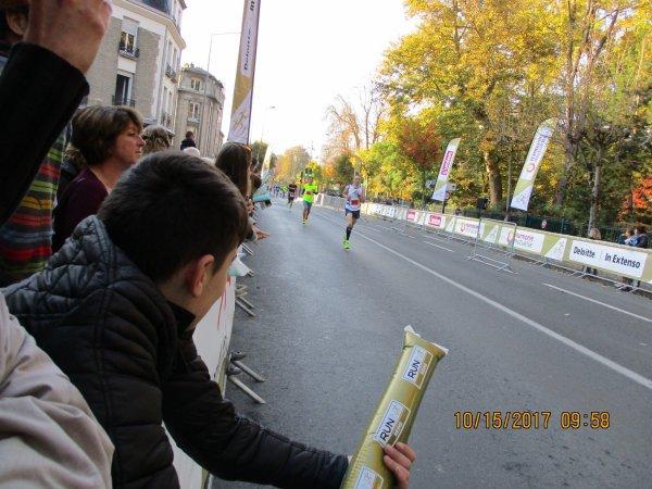 QUELQUES PHOTOS DU MARATHON DE REIMS AUJOURD'HUI MON FILS A FAIT LE SEMI 20 KM