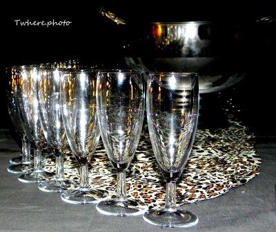 C'est pour la petite bourgeoisie qui boit du champagne