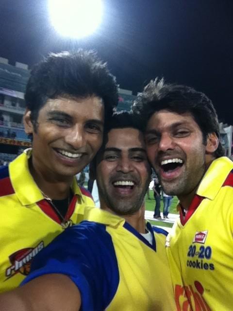 Chennai Rhinos win !