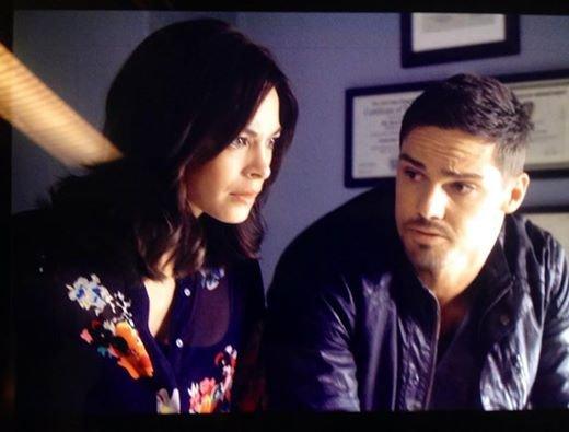 Kristin sur le tournage de la saison 3 en compagnie de Jay.