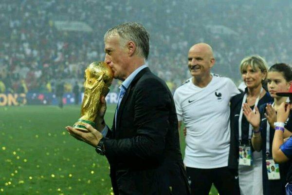 Champions du monde, merci les bleus