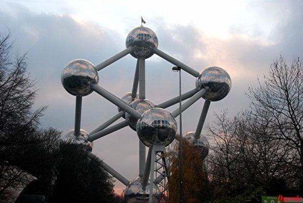 L 'Atomium