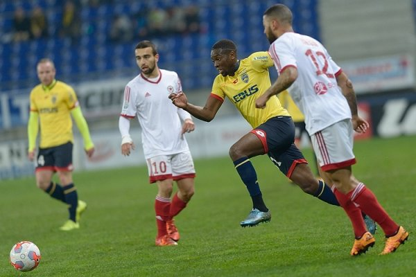 Fin de série face au Red Star FC