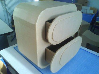Mon 1er meuble en carton !