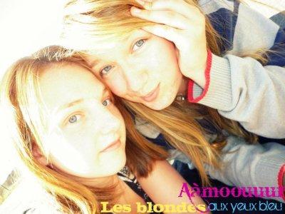 """"""" Un ami c'est quelqu'un qui sait tout de vous et qui vous aime quand même """""""