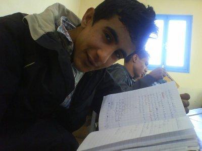 Moussa et entraint de lire