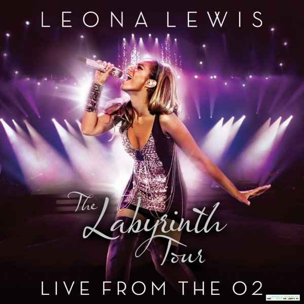 "• Cover du DVD de la tournée ""Live At The O2"" •"