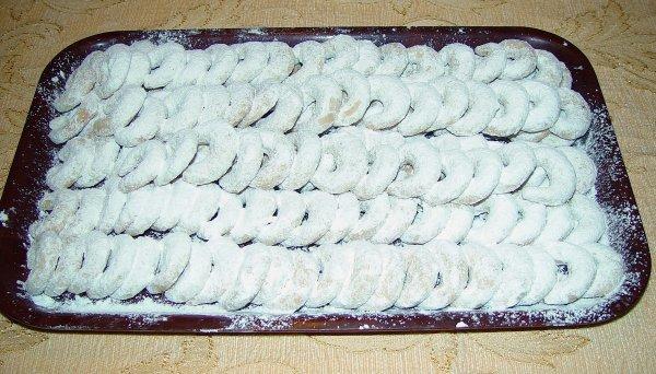 Vanillekipferl , une recette qui vient de l'Europe centrale, Vienne.  Vanillekipferl, ein Rezept aus Mitteleuropa, die aus Wien kommt....
