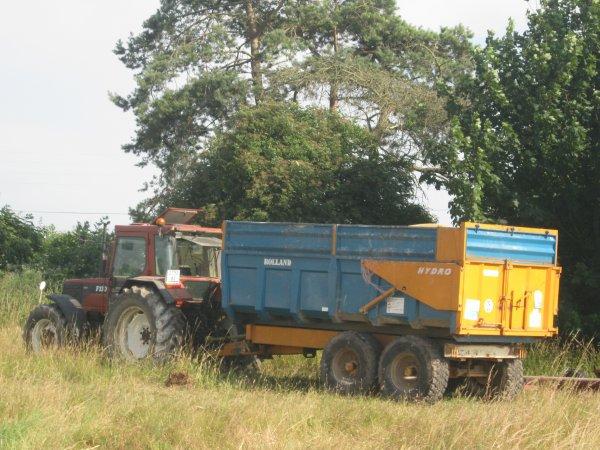 fiatagri F130 et benne rolland 12 tonnes commune sailly flibeaucourt