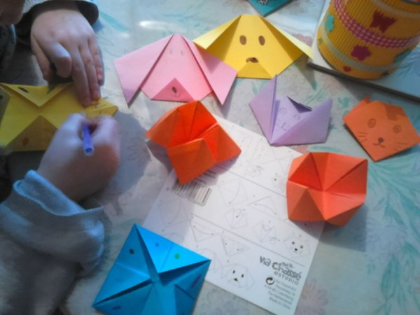activité avec Meylie origami .