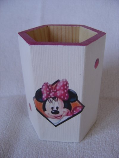 "POT A CRAYONS ""MINNIE"""