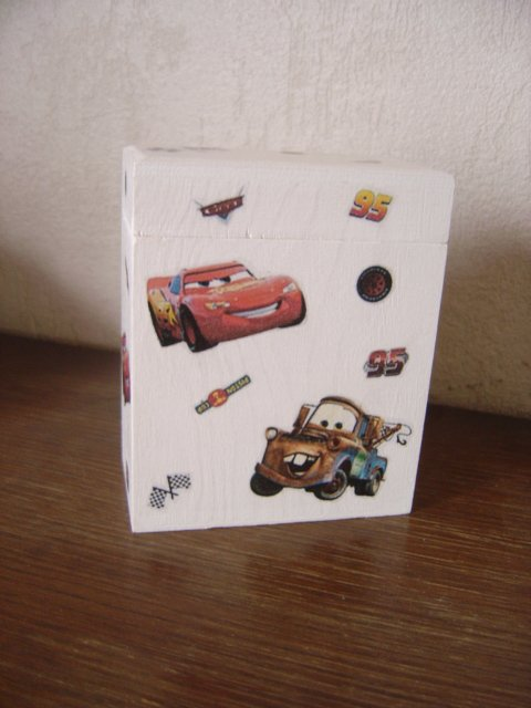 "TIRELIRE ""CARS"""