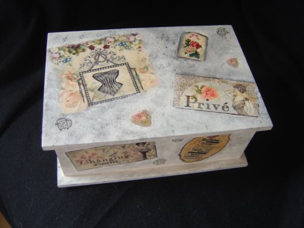 "COFFRET ""PRIVE"""