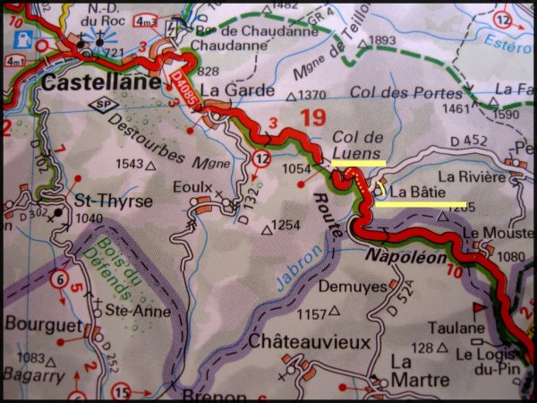 Disparition d'enfant - La route nationale 85, dite route Napoléon entre Grasse et Castellane.